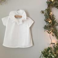 Jolie blouse blanche et son col bordé de dentelle  #bymesange #faitmain #dentelle